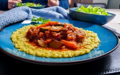 Recept Arabische groentenstoof met zoete aardappel, courgette, linzen, gierst en baharat kruidenmix